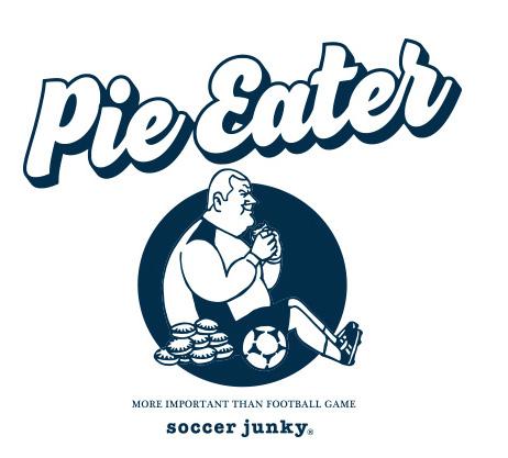 試合中にパイを食べたゴールキーパー